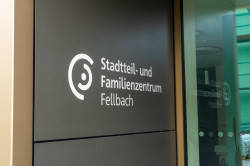 Eingangstüre mit Logo sfz.fellbach