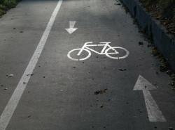 Ein gekennzeichneter Fahrradweg