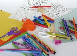 Stifte und Bastelmaterialien